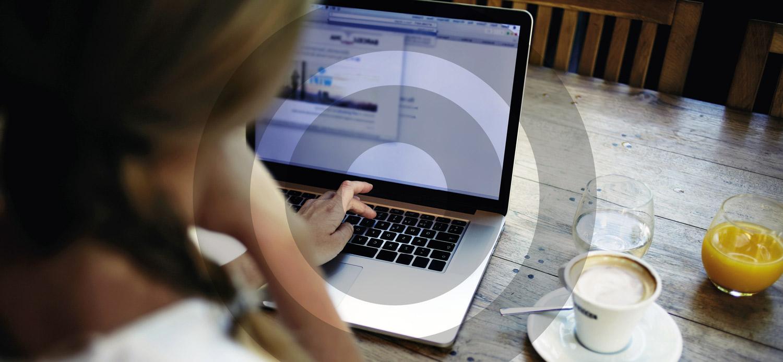 Lancement du 1er comparateur de legaltechs et de comptes bancaires professionnels pour les créateurs d'entreprise
