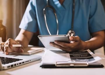 PayPlug offre la gratuité de son service de paiement en ligne aux médecins
