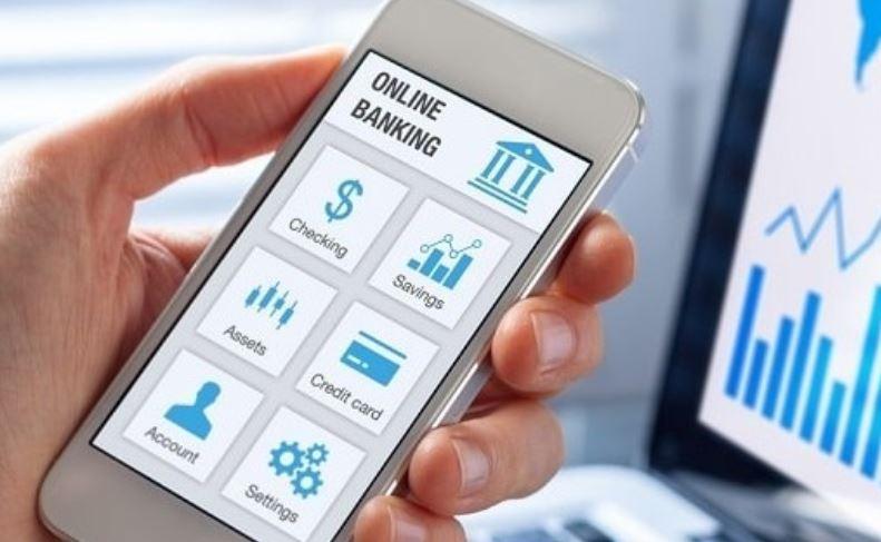 Chez LCL, la rentrée étudiante est 100 % digitale avec un compte bancaire ouvert en 10' chrono