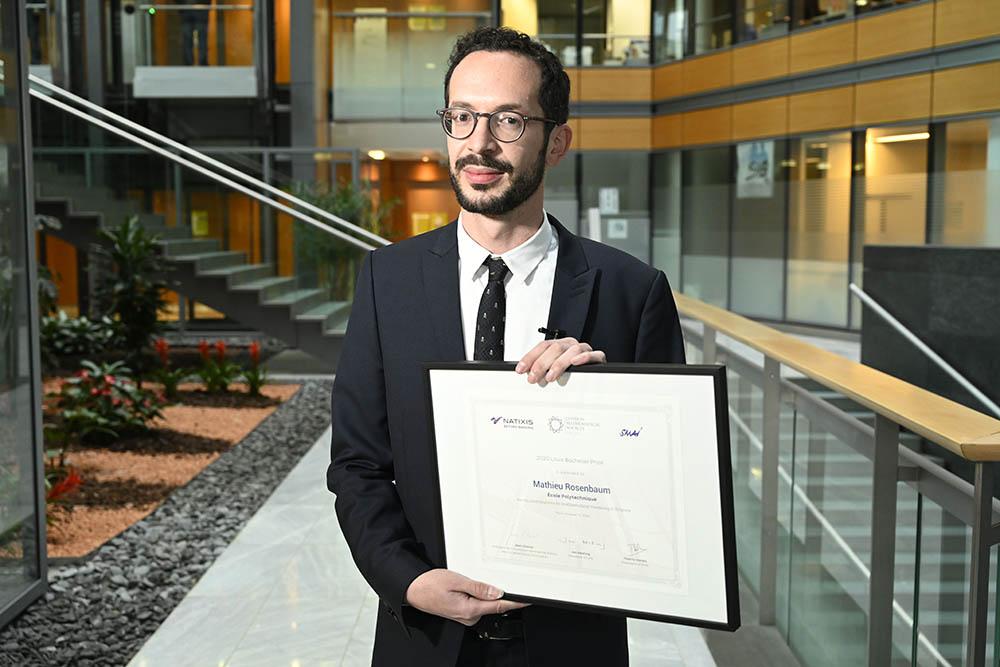 Mathieu Rosenbaum reçoit le prix Louis Bachelier 2020 pour ses contributions en finance statistique et en modélisation stochastique pour la finance