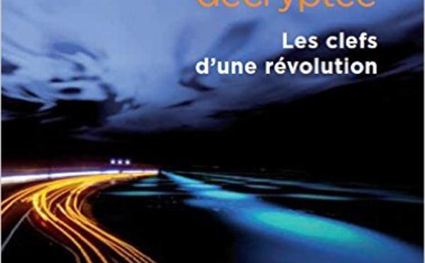 Le premier livre en français entièrement dédié à la blockchain
